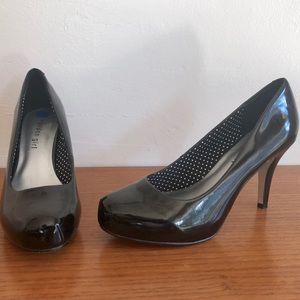 MADDEN GIRL Black Patent Platform Heels